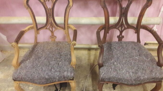Кресла до реставрации