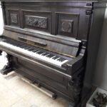 Темное пианино